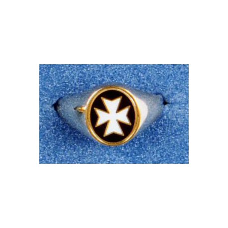 9 Carat Gold Knights of Malta Oval Ring
